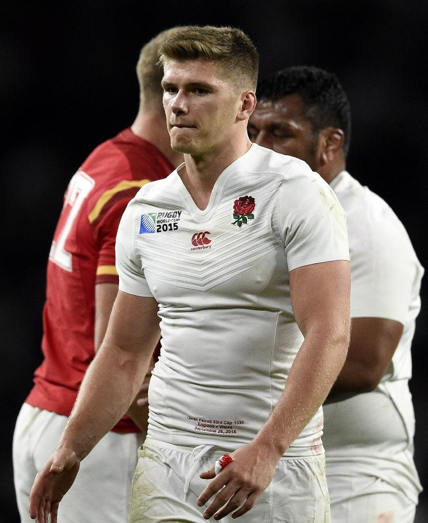 England's Owen Farrell walks off the pitch after his team's defeat to Wales in the Rugby World Cup on September 26, 2015 (AFP Photo/Franck Fife)