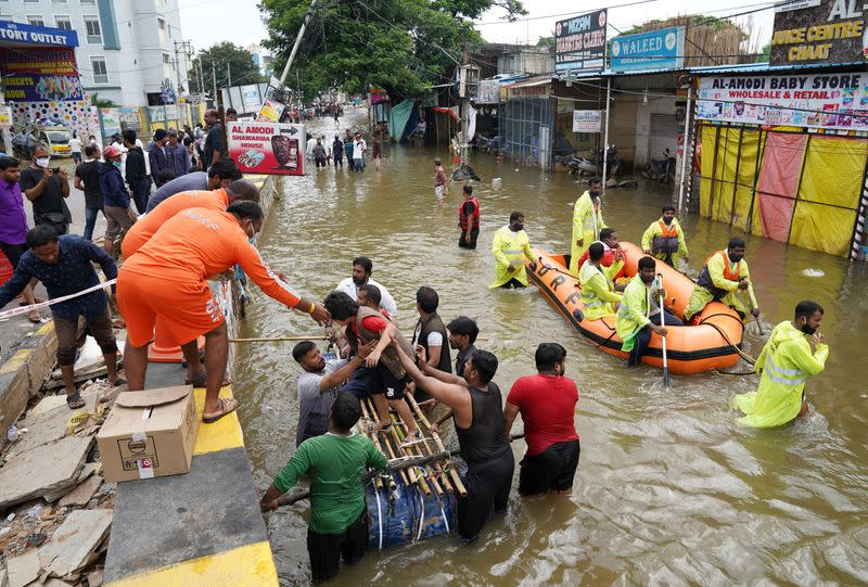 Floods kill 60 in India, damage crops