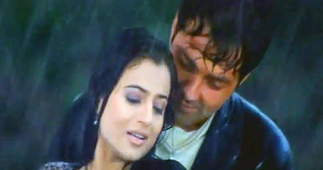 2002 was a milestone year in Ameesha's cine career. She had 5 releases with actors like Bobby Deol, Akshay Khanna, Salman Khan and Hrithik Roshan again. Unfortunately, it was only the Abbas-Mastaan thriller, <em>Humraaz </em>that could realise some box-office success. Others either tanked or just did an average business. Perhaps, signing films in a haste wasn't a great decision after all. Slow and deliberate picks would have worked - we are just speculating here.