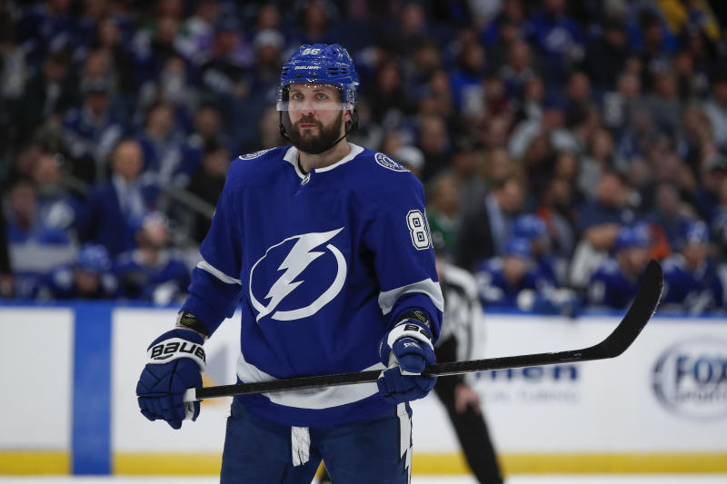 TAMPA, FL - DECEMBER 19: Tampa Bay Lightning right wing Nikita Kucherov (86) in the 2nd period of the NHL game between the Dallas Stars and Tampa Bay Lightning on December 19, 2019 at Amalie Arena in Tampa, FL. (Photo by Mark LoMoglio/Icon Sportswire via Getty Images)