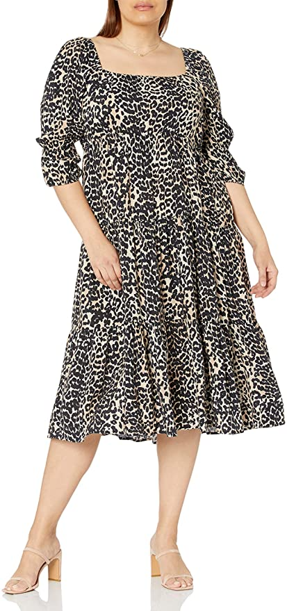 """<h2>Tiered Dresses</h2><br>One of the standout dress trends of the summer transitions to fall with deeper colors and higher necklines. <br><br><strong>The Drop</strong> Keyla Puff-Sleeve Midi Dress, $, available at <a href=""""https://amzn.to/3FD4SEp"""" rel=""""nofollow noopener"""" target=""""_blank"""" data-ylk=""""slk:Amazon"""" class=""""link rapid-noclick-resp"""">Amazon</a>"""