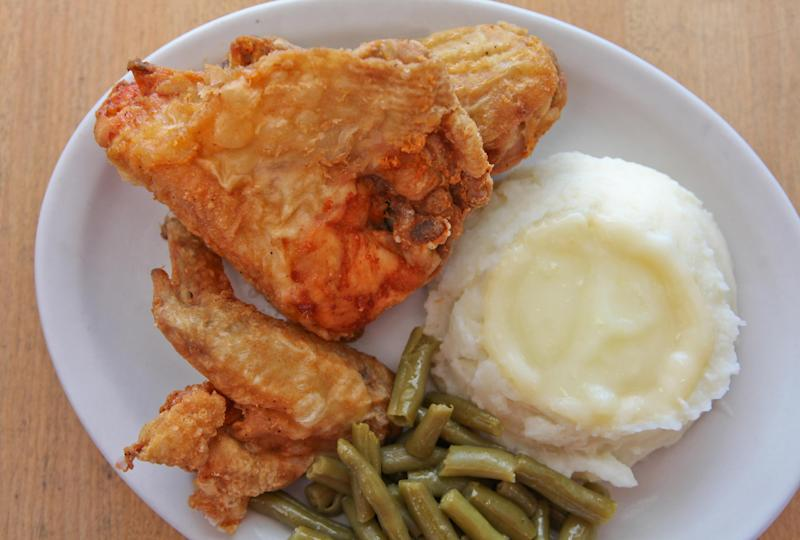 """This undated image supplied by Yoder's Restaurant in Sarasota, Fla., shows the restaurant's fried chicken, one of its most popular entrees. The restaurant serves """"homestyle Amish food"""" and is extremely popular among locals and tourists alike. (AP Photo/Courtesy of Yoder's Restaurant)"""
