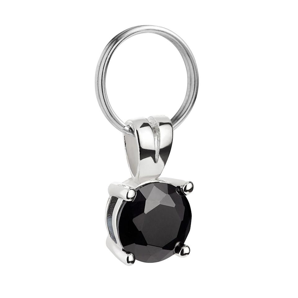 """<p>Adorn your regal feline in the splendour they deserve with a sparkling onyx collar gem. Every path will be a catwalk as they dazzle all they pass.</p><p>£15, <a href=""""https://www.cheshireandwain.com/collections/gem-charms/products/onyx-gem-collar-charm"""" rel=""""nofollow noopener"""" target=""""_blank"""" data-ylk=""""slk:Cheshire & Wain"""" class=""""link rapid-noclick-resp"""">Cheshire & Wain</a>.</p>"""