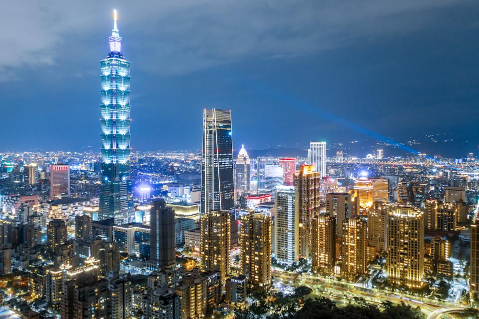 Taiwan GDP: US$586 billion. India's economic stimulus package is 46% of Taiwan's GDP.
