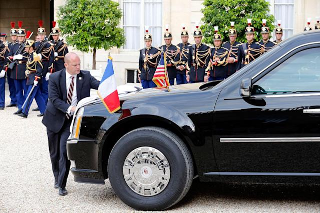 <p>A person cleans the car of President Donald Trump at the Elysee Presidential Palace on July 13, 2017 in Paris, France. (Photo: Thierry Chesnot/Getty Images) </p>