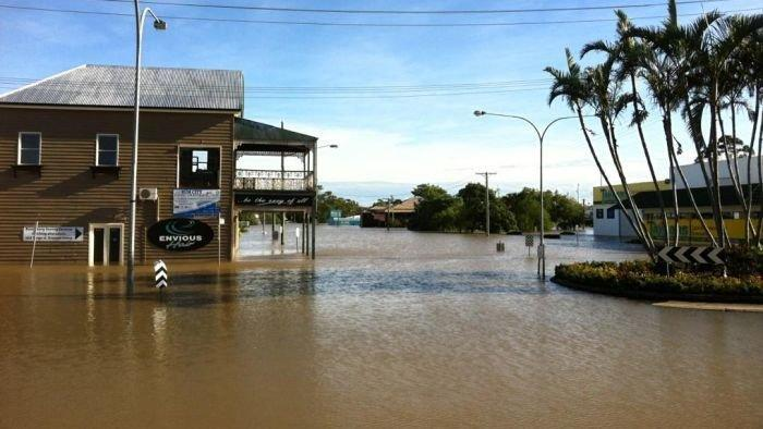 Insurers start counting the mounting cost of floods