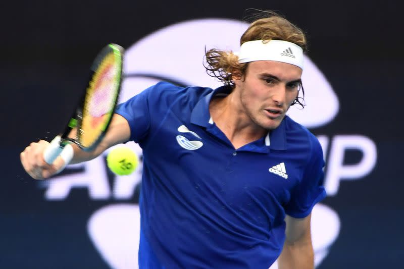 Tsitsipas back in groove as Zverev searches for answers