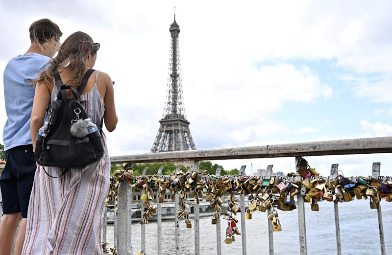 PARIS, FRANCE - AUGUST 01: Love locks are pictured on the Debilly Passerelle over the Seine River, near the Eiffel Tower in Paris, France on August 01, 2019. Municipality of Paris, had been removed love locks due to the weights on the Pont de l'Archeveche and the Pont des Arts, near the Notre Dame cathedral on June 2015. (Photo by Mustafa Yalcin/Anadolu Agency via Getty Images)