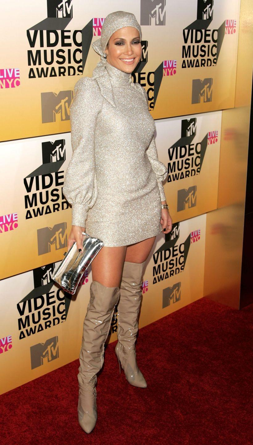 <p><strong>When: </strong>August 2006</p><p><strong>Where: </strong>MTV Video Music Awards</p><p><strong>Wearing: </strong>Biba</p>