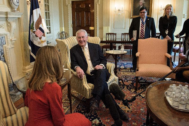 Rex Tillerson Top US diplomat meets counterparts from Mexico, Canada