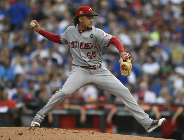 Cincinnati Reds starter Luis Castillo delivers a pitch during the first inning of a baseball game against the Chicago Cubs, Monday, July 15, 2019, in Chicago. (AP Photo/Paul Beaty)