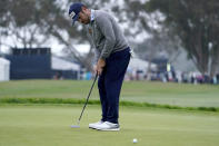 Louis Oosthuizen, of South Africa, putts on the sixth green during the first round of the U.S. Open Golf Championship, Thursday, June 17, 2021, at Torrey Pines Golf Course in San Diego. (AP Photo/Jae C. Hong)