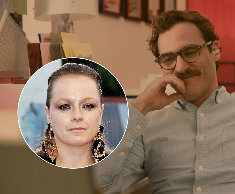 "<p>Scarlett Johannsson replaced Samantha Morton as the voice of the sexy AI that seduces Joaquin Phoenix's lovelorn Theodore Twombly. ""Samantha was really involved in giving Joaquin [Phoenix] a lot…to work from."" director Spike Jonze explained to <a rel=""nofollow"" href=""http://www.hitfix.com/in-contention/her-qa-spike-jonze-on-why-he-replaced-samantha-morton-with-scarlett-johansson"">Hitfix</a>, ""And then when we got into editing, we realised that what Samantha and I had done together wasn't working for what the character needed."" </p>"