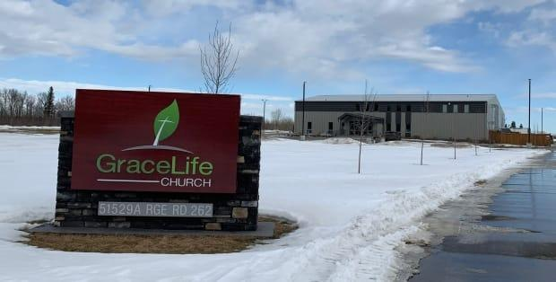 GraceLife Church in Parkland County, west of Edmonton, has been holding Sunday services in contravention of public health orders and was shut down on Wednesday.  (Andreane Williams/Radio-Canada - image credit)