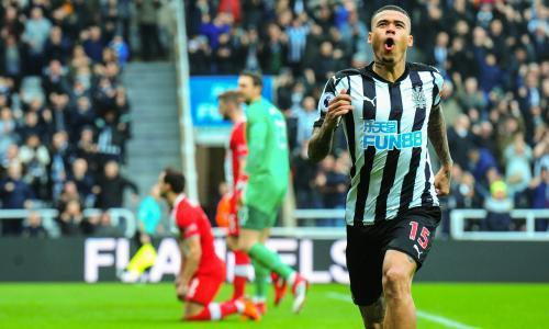 Newcastle's Kenedy hits neat double to worsen Saints' unholy mess