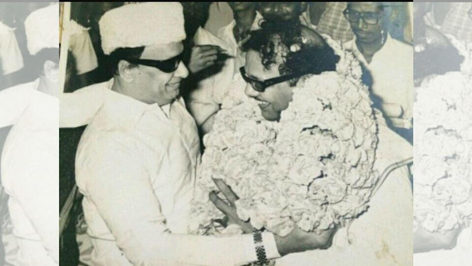 """<div class=""""paragraphs""""><p>MGR and Karunanidhi, friends and colleagues in the film world, later turned political rivals.</p></div>"""