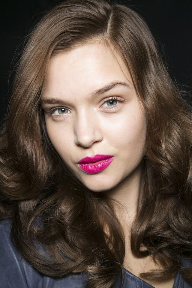 Here's our complete step-by-step on how to make your lipstick last all day, no matter which lipstick you use.