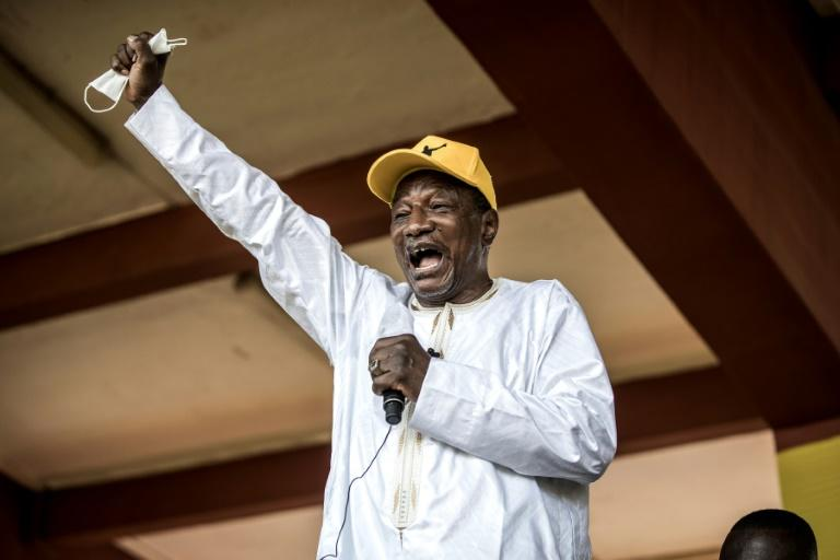 Guineans elect president in test vote for democracy