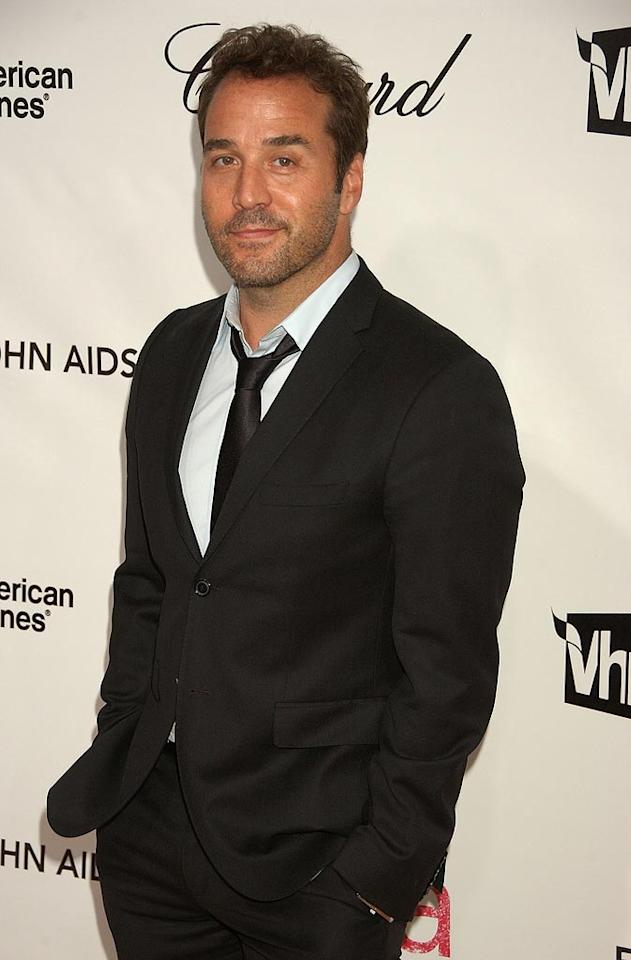 "<a href=""http://movies.yahoo.com/movie/contributor/1800022783"">Jeremy Piven</a> attends the 16th Annual Elton John AIDS Foundation Oscar Party at the Pacific Design Center in West Hollywood - 02/24/2008"
