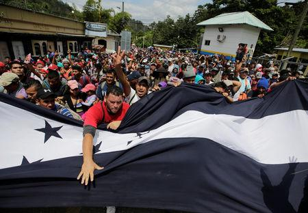 Hundreds of Hondurans head for United States border in mass migration 'march'