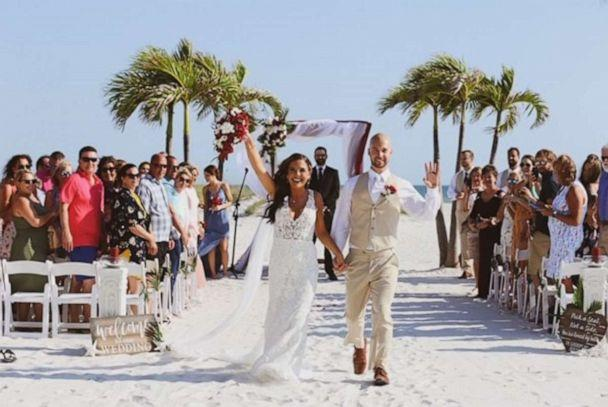 PHOTO: This bride and groom had their wedding reception interrupted by a wedding crasher. (VR Vision Photography )