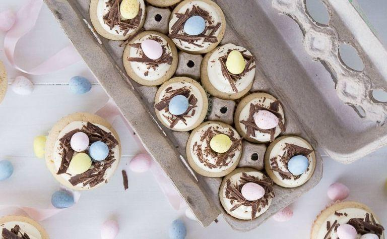 "<p>These desserts are way better than whatever the Easter Bunny put in your basket.</p><p>Looking for <a rel=""nofollow"" href=""http://www.delish.com/holiday-recipes/easter/"">more Easter recipes</a>? Check out these 100+ recipes from <a rel=""nofollow"" href=""http://www.delish.com/holiday-recipes/easter/g2170/hard-boiled-egg-recipes/"">hard-boiled eggs</a> to <a rel=""nofollow"" href=""http://www.delish.com/holiday-recipes/easter/g3260/easter-cakes/"">pretty cakes</a>.<br></p>"