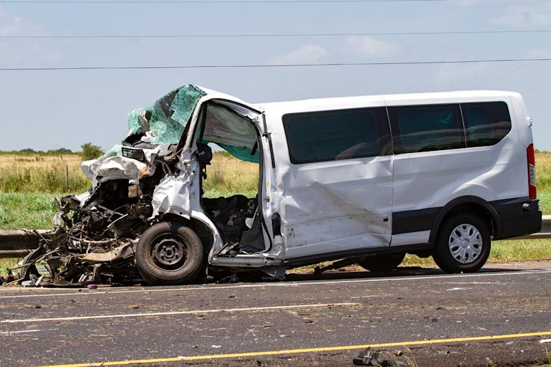 5 Family Members on Vacation Killed in Car Crash with 18-Wheeler on Texas Highway
