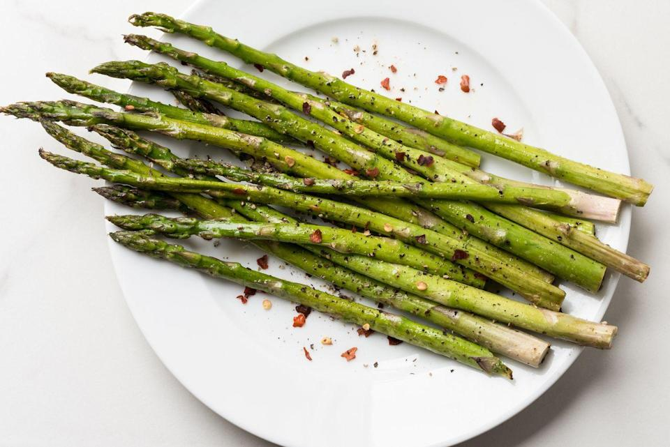"""<p>This spring season is the best time to enjoy crisp, crunchy stalks of asparagus, whether you're just barely cooking them or roasting them in the oven. """"I can't wait for spring because with it comes wonderful asparagus,"""" said Ross. """"Not only is it delicious, but it contains vitamins A, C, E, K, along with much needed fiber and glutathione that helps break down carcinogens. Vitamin A protects eyes from night blindness and age-related eye decline."""" </p>"""