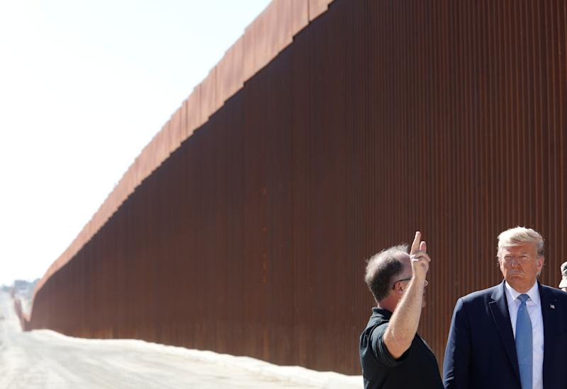 U.S. President Donald Trump visits a section of the U.S.-Mexico border wall in Otay Mesa, California, U.S. September 18, 2019. REUTERS/Tom Brenner