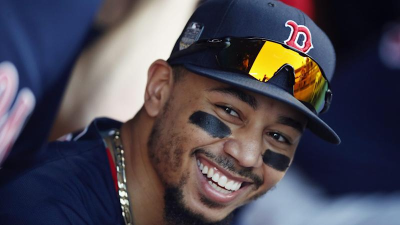 Red Sox Avoid Arbitration With Mookie Betts on Record Deal
