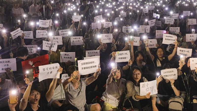 Government may pause Hong Kong extradition bill in face of more mass protests