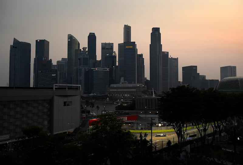 Singapore F1 to Race in 'Unhealthy' Air: Asia Haze Update