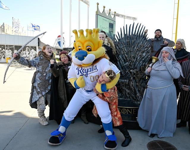 """MLB players haven't come to fisticuffs over """"Game of Thrones"""" yet, but certain teammates are avoiding each other. (Getty Images)"""