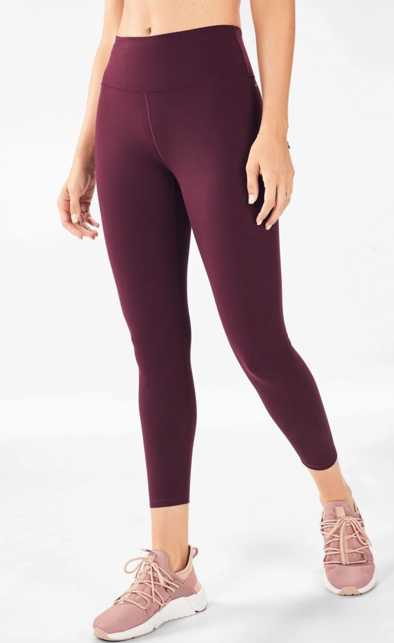 Image via Fabletics. Available in four colours.