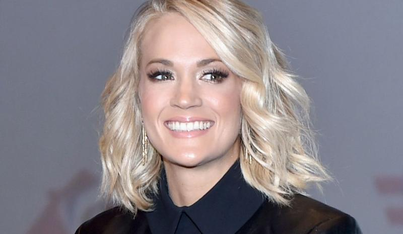 Naked pics of carrie underwood pic 122