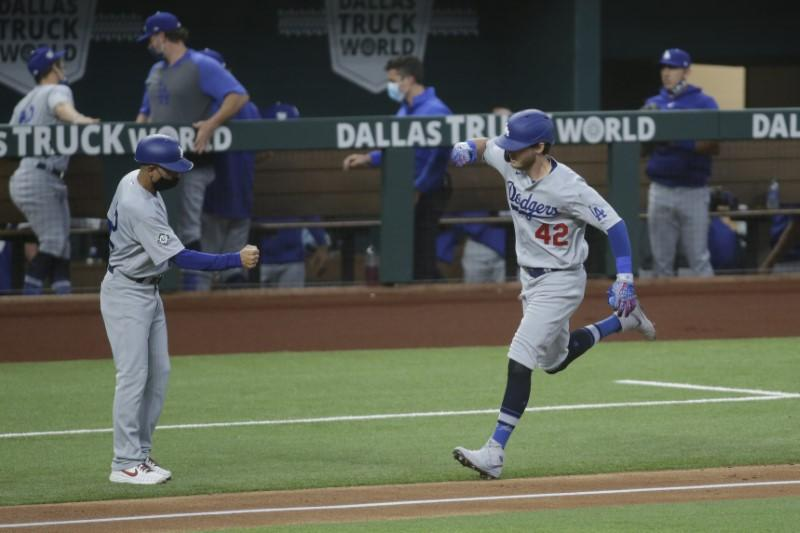 Dodgers set National League record for home runs in a month with Bellinger's blast