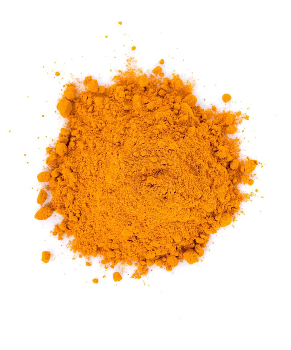 """<h2>Turmeric</h2> <br>Curcumin, a compound found in turmeric, <a href=""""https://www.ncbi.nlm.nih.gov/pubmed/28799796"""" rel=""""nofollow noopener"""" target=""""_blank"""" data-ylk=""""slk:has powerful anti-inflammatory properties"""" class=""""link rapid-noclick-resp"""">has powerful anti-inflammatory properties</a>. Davis says that even low doses of it enhances <a href=""""https://www.refinery29.com/en-us/2020/04/9738217/can-i-get-antibody-test-covid-coronavirus"""" rel=""""nofollow noopener"""" target=""""_blank"""" data-ylk=""""slk:antibody responses"""" class=""""link rapid-noclick-resp"""">antibody responses</a>, an indicator that your body is fighting off illnesses. You can cook with turmeric, a spice, but you can find curcumin supplements at any health food store too.<br><span class=""""copyright"""">Photo: Getty Images.</span><br><br>"""