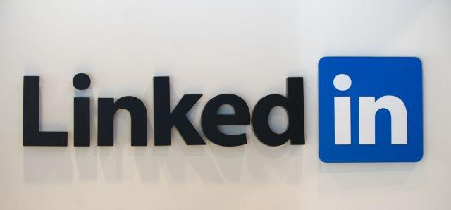 LinkedIn launches fresh video feature, circling social network territory