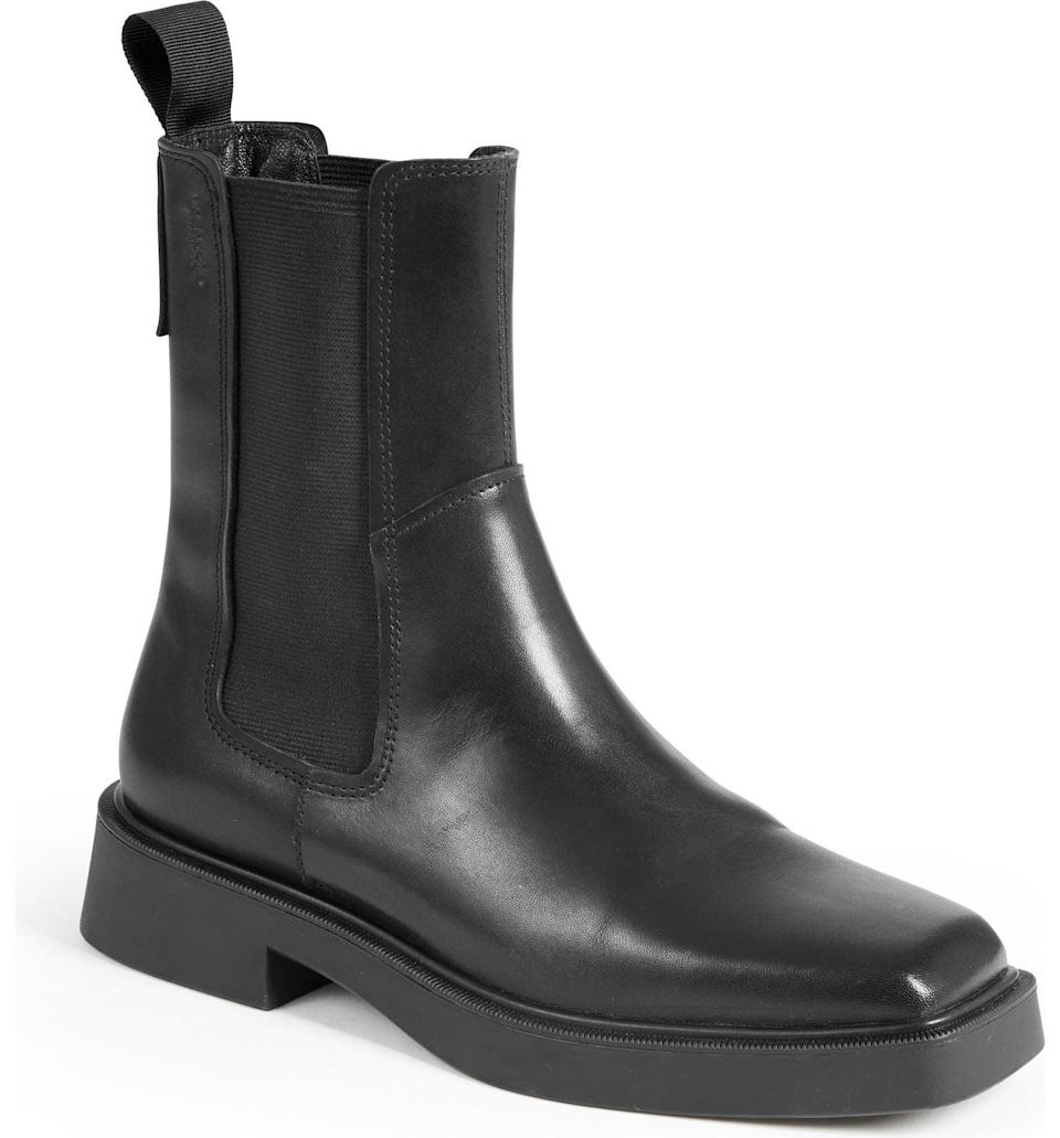 <p>Meet your new everyday shoe: the <span>Vagabond Shoemakers Jillian Chelsea Boot</span> ($180). From the laidback profile to the modern square-toe silhouette, everything about it screams effortless style.</p>