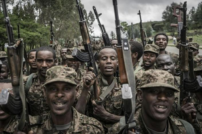 Ethiopian soldiers conduct weapons and fitness drills in the town of Dabat (AFP/Amanuel Sileshi)