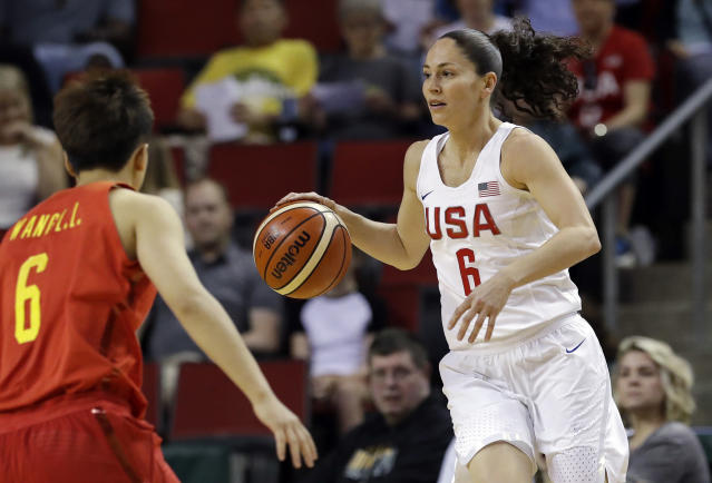 "Talks between <a class=""link rapid-noclick-resp"" href=""/wnba/players/500/"" data-ylk=""slk:Sue Bird"">Sue Bird</a> and the NBA's <a class=""link rapid-noclick-resp"" href=""/nba/teams/den"" data-ylk=""slk:Denver Nuggets"">Denver Nuggets</a> have reportedly been going on for months. (AP)"