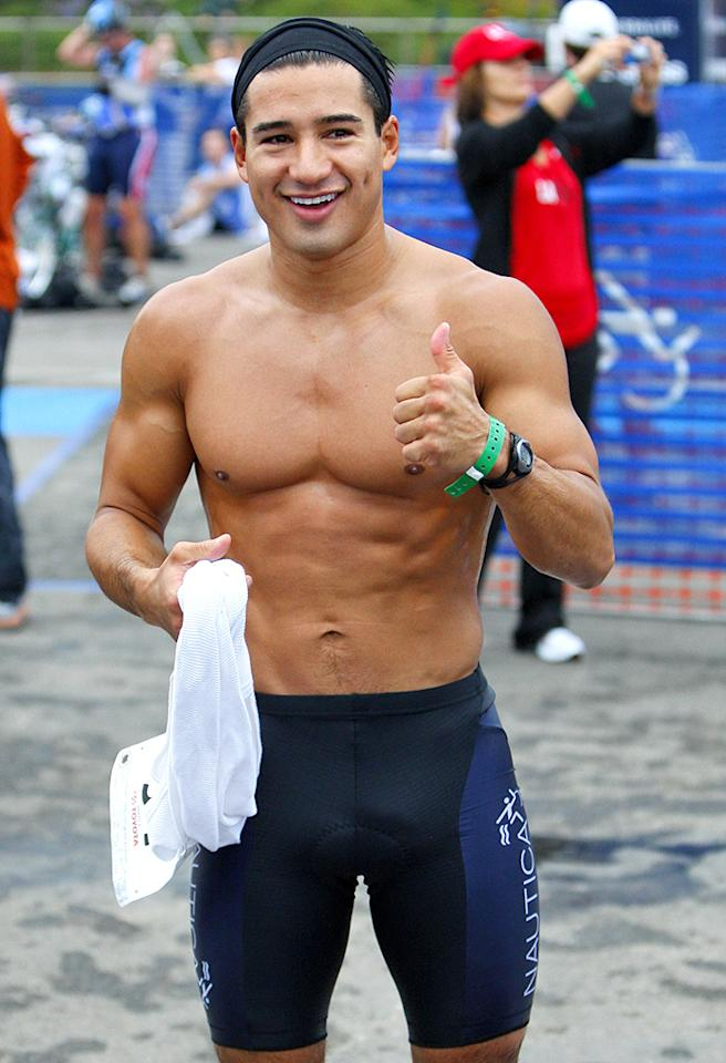 September 13, 2009: Mario Lopez competes in the 23rd Annual Nautica Malibu Triathlon in Malibu, California today. Credit: Karl Larsen/INFphoto.com Ref: infusla-52/89
