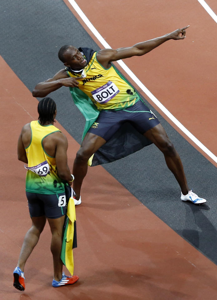 Usain Bolt wins the 100m