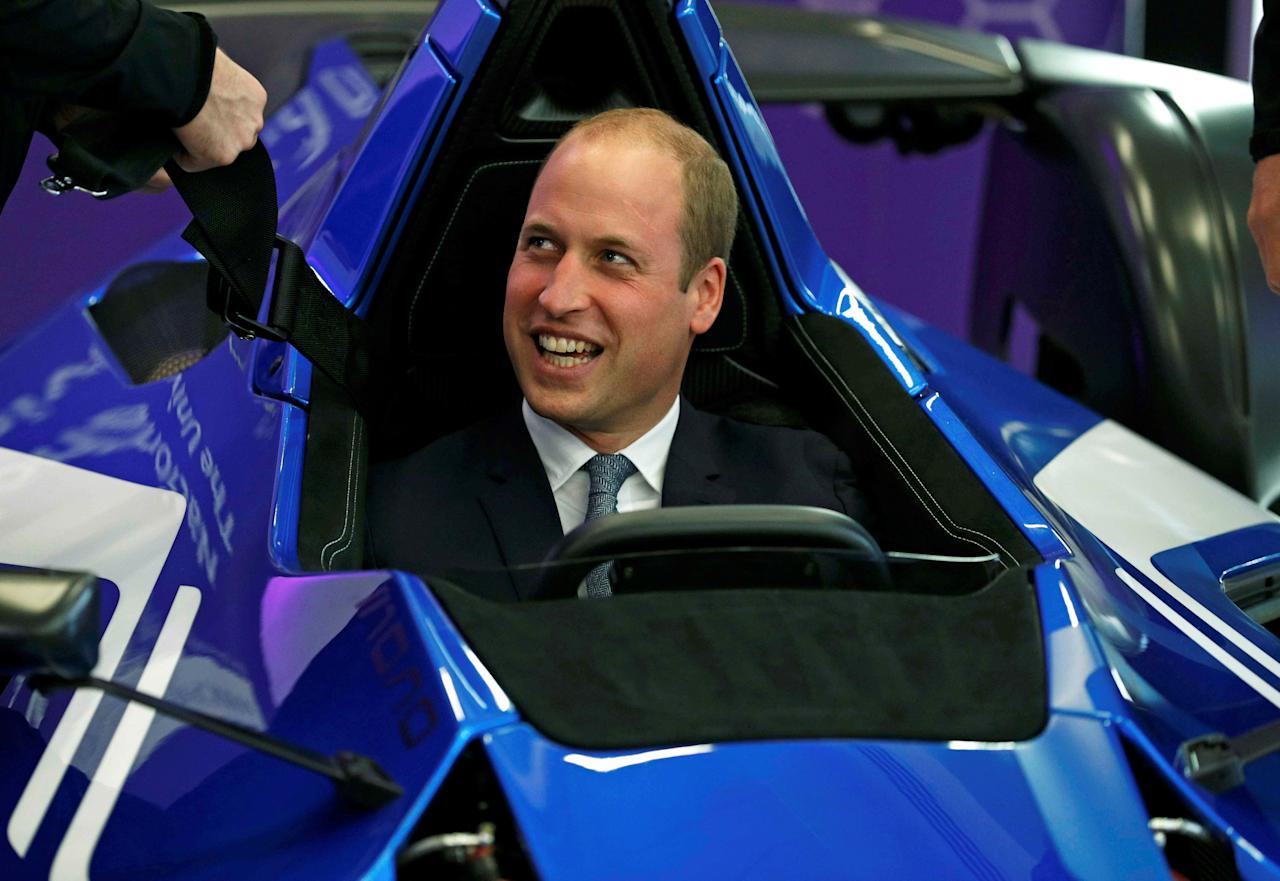 Britain's Prince William sits in a BAC Mono racing car, partially made of graphene, during his visit to the National Graphene Institute at the University of Manchester in Manchester, Britain October 14, 2016.  REUTERS/Phil Noble     TPX IMAGES OF THE DAY