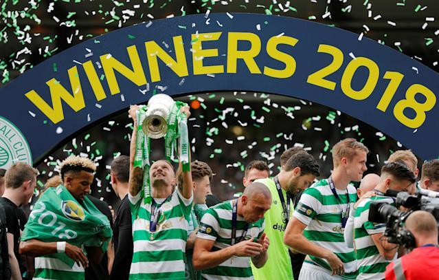 Soccer Football - Scottish Cup Final - Celtic vs Motherwell - Hampden Park, Glasgow, Britain - May 19, 2018 Celtic's Leigh Griffiths lifts the trophy as they celebrate after winning the Scottish Cup REUTERS/Russell Cheyne TPX IMAGES OF THE DAY