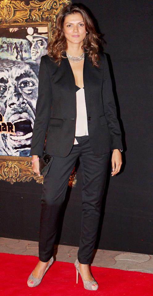 Designer Nandita Mahtani wore her pant suit to a red carpet event and looked fab.