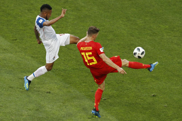 Belgium's Thomas Meunier, right, and Panama's Eric Davis fight for the ball during the group G match between Belgium and Panama at the 2018 soccer World Cup in the Fisht Stadium in Sochi, Russia, Monday, June 18, 2018. (AP Photo/Victor R. Caivano)