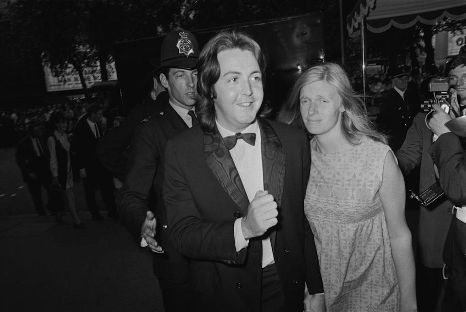 <p>Paul McCarney and his wife Linda gleefully attend the film premiere of <em>Alfred the Great</em> in 1969.</p>