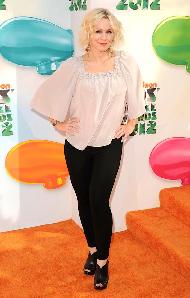 Jennie Garth arrives at the 2012 Nickelodeon Kids' Choice Awards in Los Angeles, California.