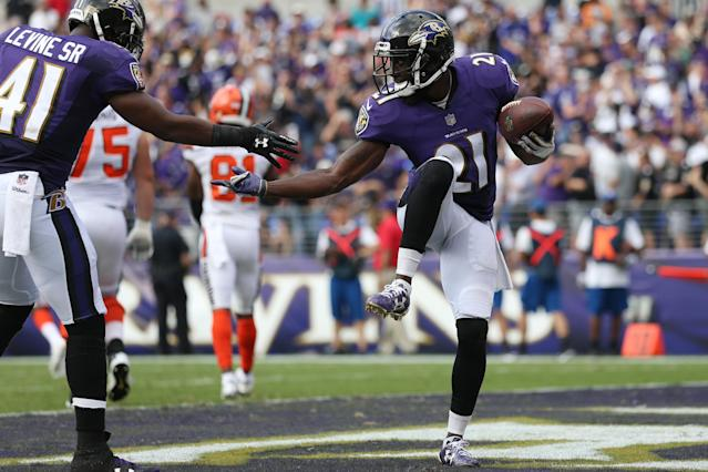 <p>Free safety Lardarius Webb #21 of the Baltimore Ravens and cornerback Anthony Levine #41 of the Baltimore Ravens celebrate in the end zone against the Cleveland Browns in the four quarter at M&T Bank Stadium on September 17, 2017 in Baltimore, Maryland. (Photo by Patrick Smith/Getty Images) </p>